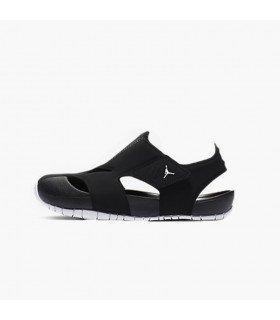 Nike Jordan Flare